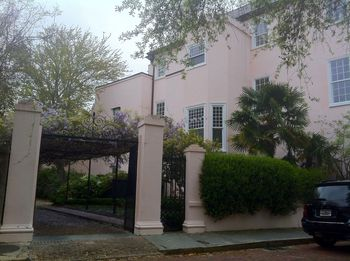 Pink House Church St, Charleston