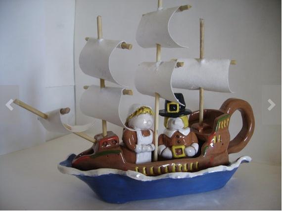 Mayflower gravy boat